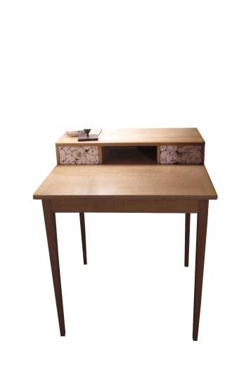 Bureau en chêne façades de tiroirs plaqué à la coquille d'oeuf