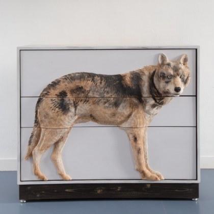 Commode sculptée - Mon loup -
