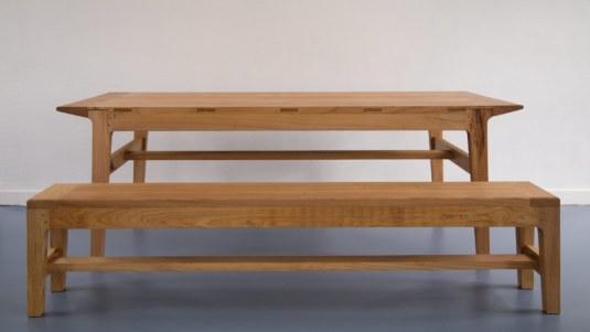 Table en châtaignier avec son banc