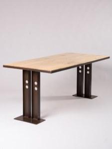 table-pin-1