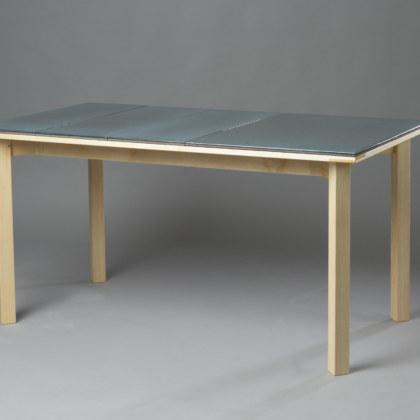 QUATRO - table en frêne et pierre de lave émaillée